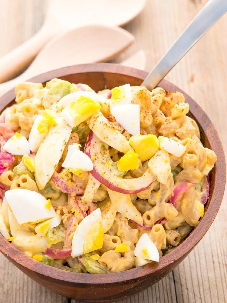 mac_salad_spoon