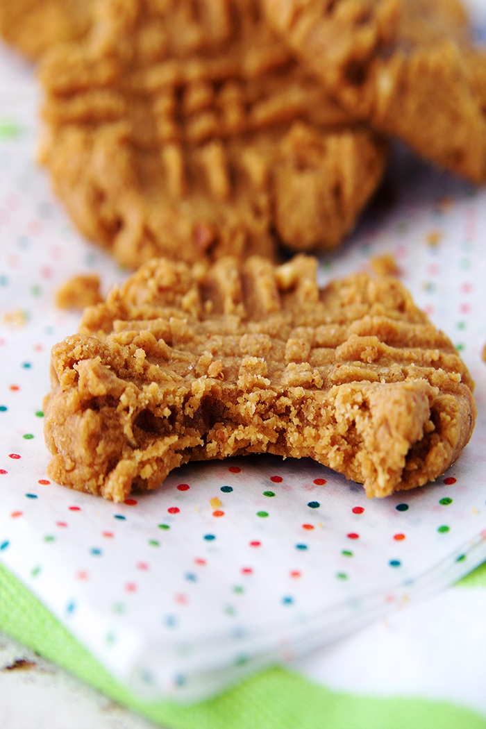 PB_cookie_bite_close