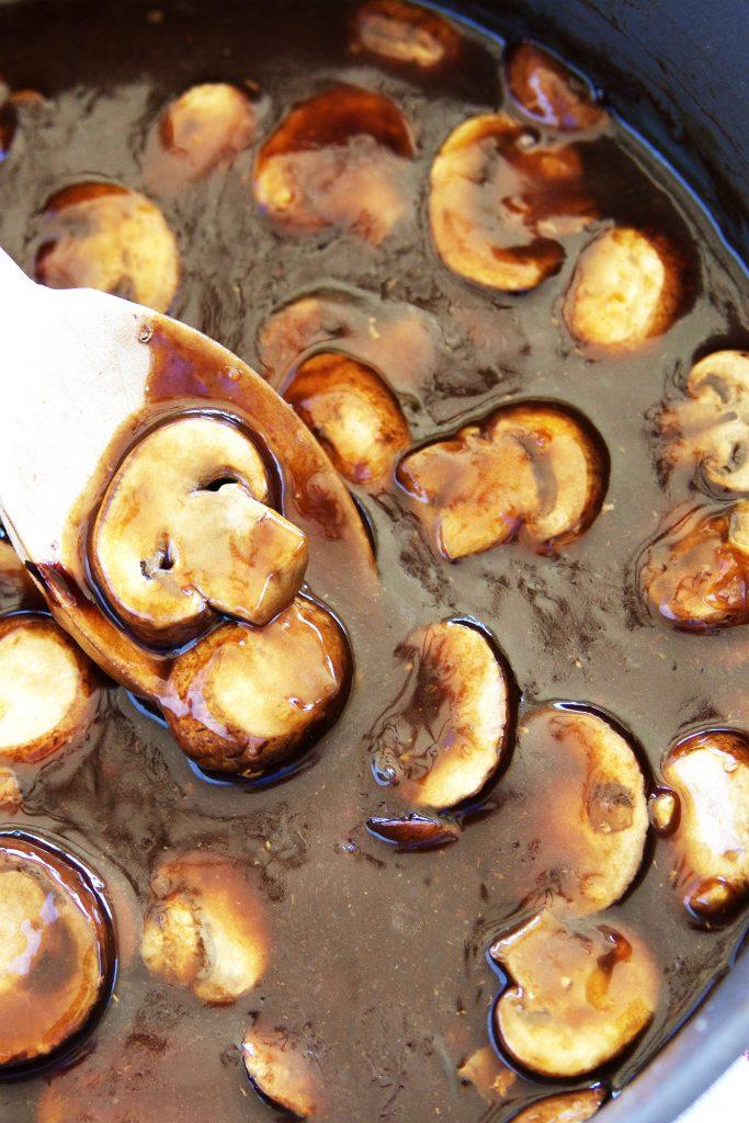 balsalmic-chicken-mushrooms